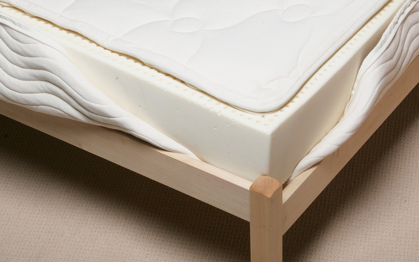 Detailed view of 6 inch latex mattress showing a solid core of natural Talalay latex.